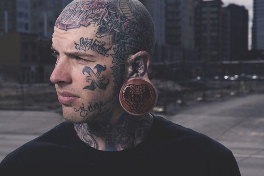 время фото татуировок на лице была упругая