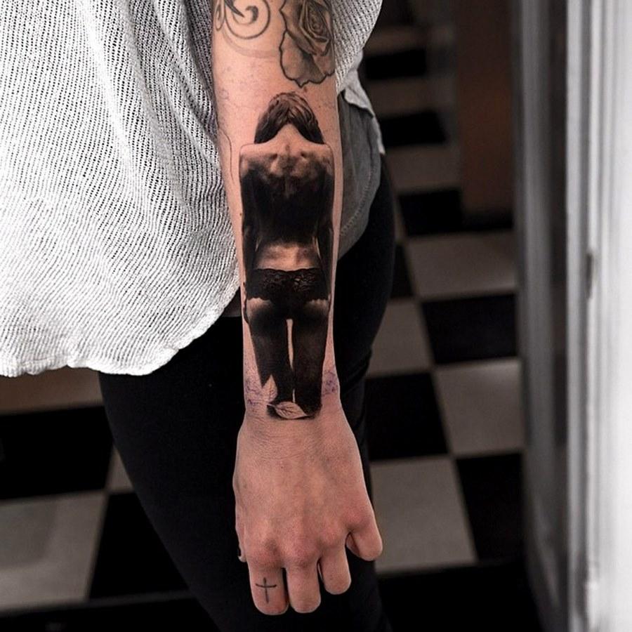это одна тату на запястье руки для мужчин фото соннику миллера